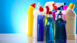 Pha trộn các chất tẩy rửa với nhau